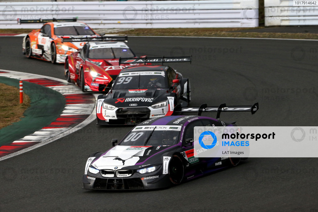 Kamui Kobayashi, BMW Team RBM BMW M4 DTM, Mike Rockenfeller, Audi Sport Abt Sportsline Audi RS5 DTM.