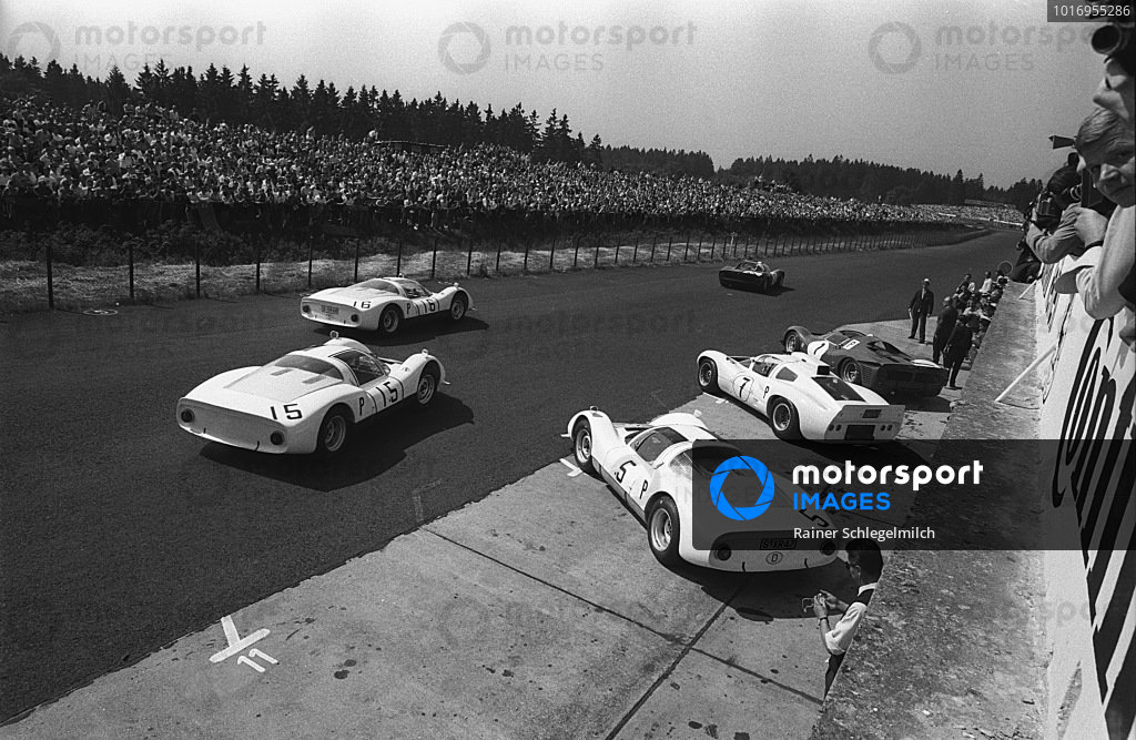 Udo Schütz / Günther Klass, Porsche, Porsche 906 E 141 S-XR 46 and Hans Herrmann / Dieter Glemser, Porsche, Porsche 906 E 154 follow Ludovico Scarfiotti / Lorenzo Bandini, Ferrari S.p.a., Ferrari Dino 206 S 004 out on track.