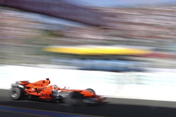 2006 Japanese Grand Prix - Saturday Qualifying Suzuka, Japan. 5th - 8th October 2006 Christijan Albers, Spyker/MF1 M16-Toyota, action. World Copyright: Charles Coates/LAT Photographic. ref: Digital Image ZK5Y6913