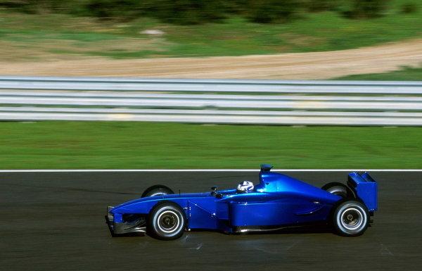 Kimi Raikkonen (FIN) Sauber Petronas C10 Formula One Testing - Jerez, Spain - 15-17 January 2001