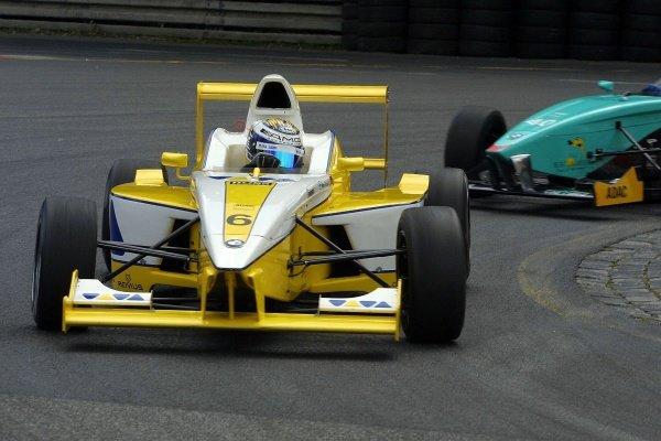 Nico Rosberg (FIN), son of former F1 driver Keke Rosberg, VIVA Racing. Formula BMW ADAC Championship, Rd5, Norisring, Germany. 30 June 2002.DIGITAL IMAGE