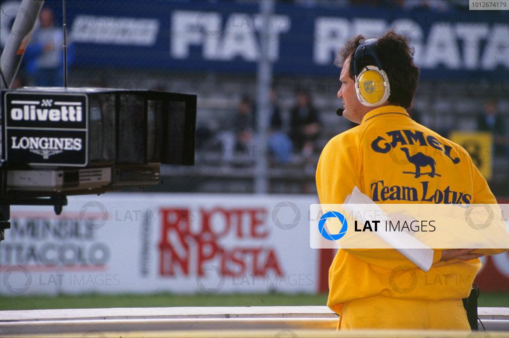 Monza, Italy. 7-9 September 1990.Frank Dernie, Technical Director, Camel Team Lotus, portrait.World Copyright: LAT Photographic.Ref:  Colour Transparency.