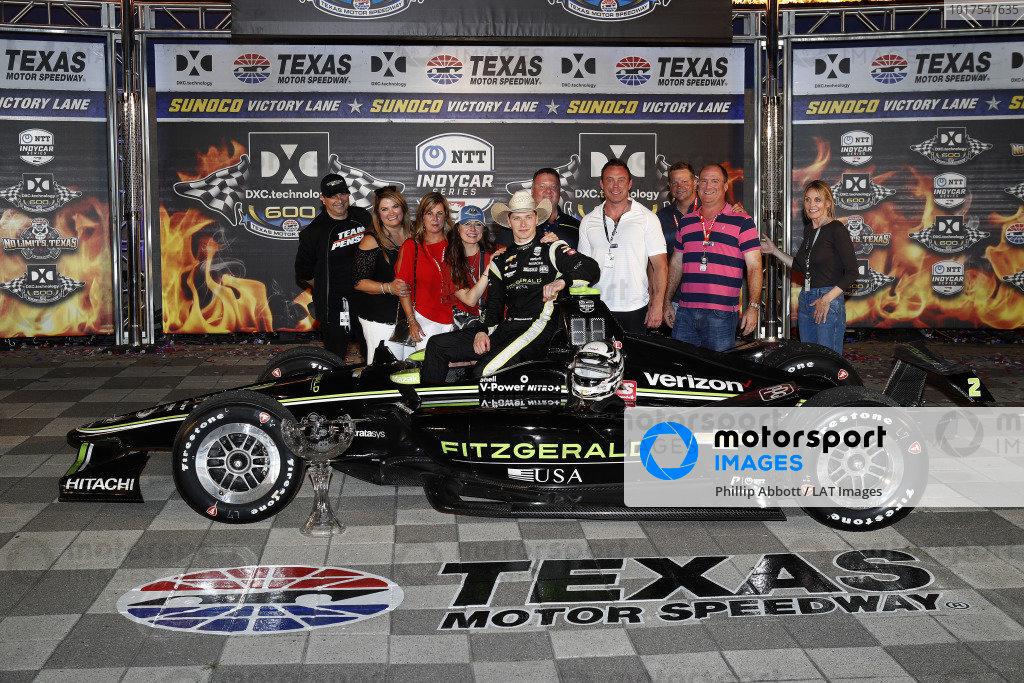 Josef Newgarden, Team Penske Chevrolet celebrates with  friends and family in victory lane