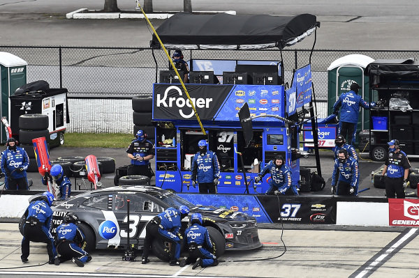 #37: Ryan Preece, JTG Daugherty Racing, Chevrolet Camaro P&G