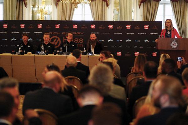 Romain Grosjean, Haas F1 Team, Kevin Magnussen, Haas F1 Team, Guenther Steiner, Team Principal, Haas F1, William Storey, CEO Rich Energy and Presenter Nicki Shields