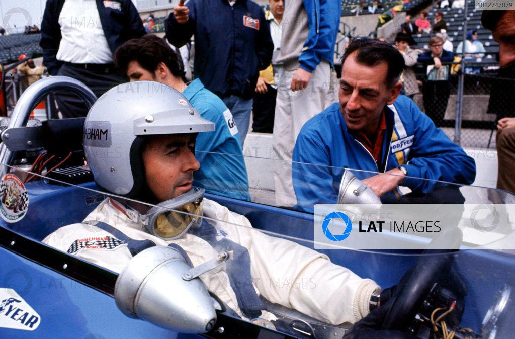 1969 Indianapolis 500.Indianapolis, USA.30 May 1969.Jack Brabham (Brabham-Repco) and Ron Tauranac.World Copyright - Dave Friedman/LAT Photographicref: 20MB Digital File Only
