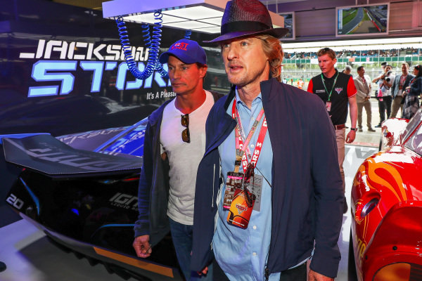 Owen Wilson (USA) Actor in the cars 3 garage at Formula One World Championship, Rd10, British Grand Prix, Race, Silverstone, England, Sunday 16 July 2017.
