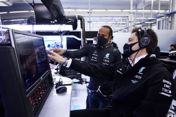 Sir Lewis Hamilton, Mercedes, with Toto Wolff, Team Principal and CEO, Mercedes AMG