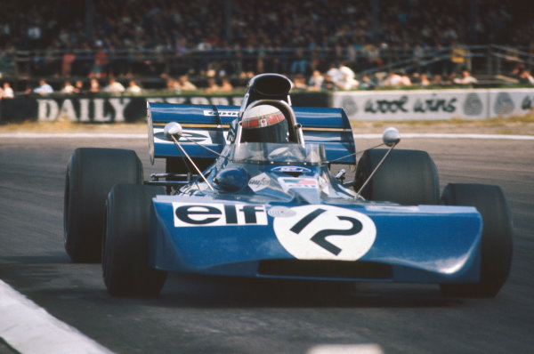 1971 British Grand Prix.  Silverstone, England. 15-17th July 1971.  Jackie Stewart, Tyrrell 003 Ford, 1st position.  Ref: 71GB05. World Copyright: LAT Photographic