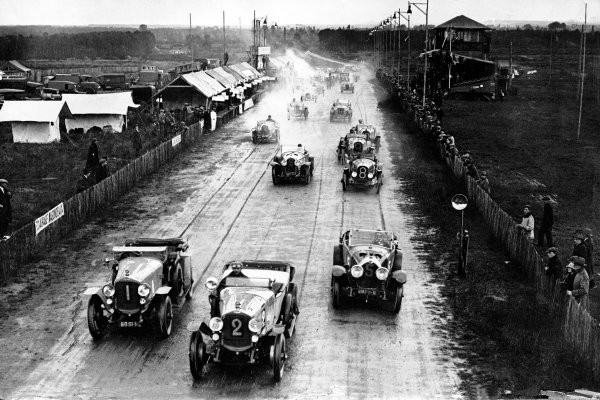 1923 Le Mans 24 Hours. 
