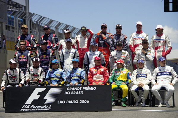 Formula One 2006 season end photo session with all the drivers together on the grid.