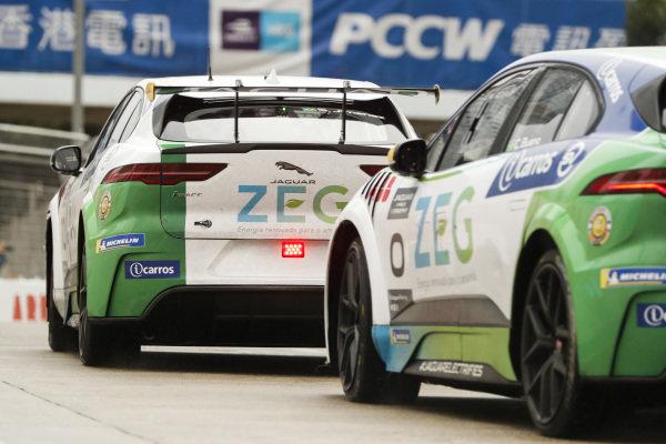Sérgio Jimenez (BRA), Jaguar Brazil Racing leads Cacá Bueno (BRA), Jaguar Brazil Racing