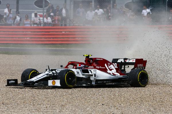 Antonio Giovinazzi, Alfa Romeo Racing C38 in the gravel
