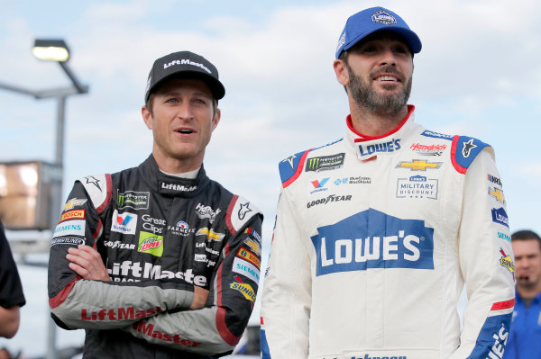 Monster Energy NASCAR Cup Series Coca-Cola 600 Charlotte Motor Speedway, Concord, NC USA Thursday 25 May 2017 Jimmie Johnson, Hendrick Motorsports, Lowe's Chevrolet SS Kasey Kahne, Hendrick Motorsports, Liftmaster Chevrolet SS World Copyright: Matthew T. Thacker LAT Images ref: Digital Image 17CLT2mt1168