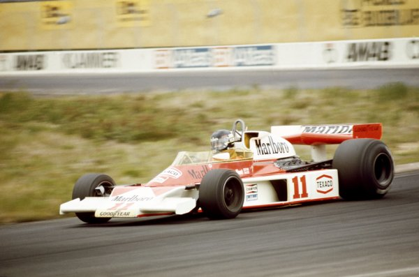 1976 Swedish Grand Prix.Anderstorp, Sweden.11th - 13th June 1976James Hunt (McLaren M23- Ford Cosworth), 5th position, action.World Copyright - LAT Photographic.Ref: 35mm Colour Transparency.