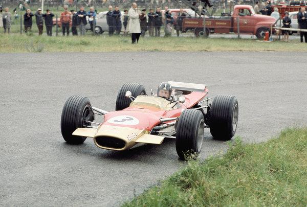 1968 Dutch Grand Prix.Zandvoort, Holland.21-23 June 1968.Graham Hill (Lotus 49B Ford).Ref-68 HOL 01.World Copyright - LAT Photographic