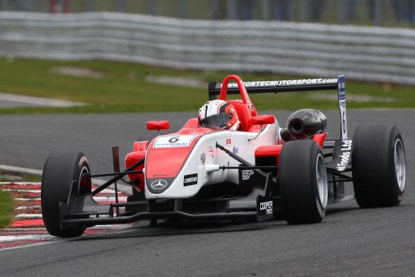 Oulton Park, 5th April 2010Oli Webb (GBR) Fortec Motorsport Dallara MercedesWorld copyright:Ebrey/LAT Photographic