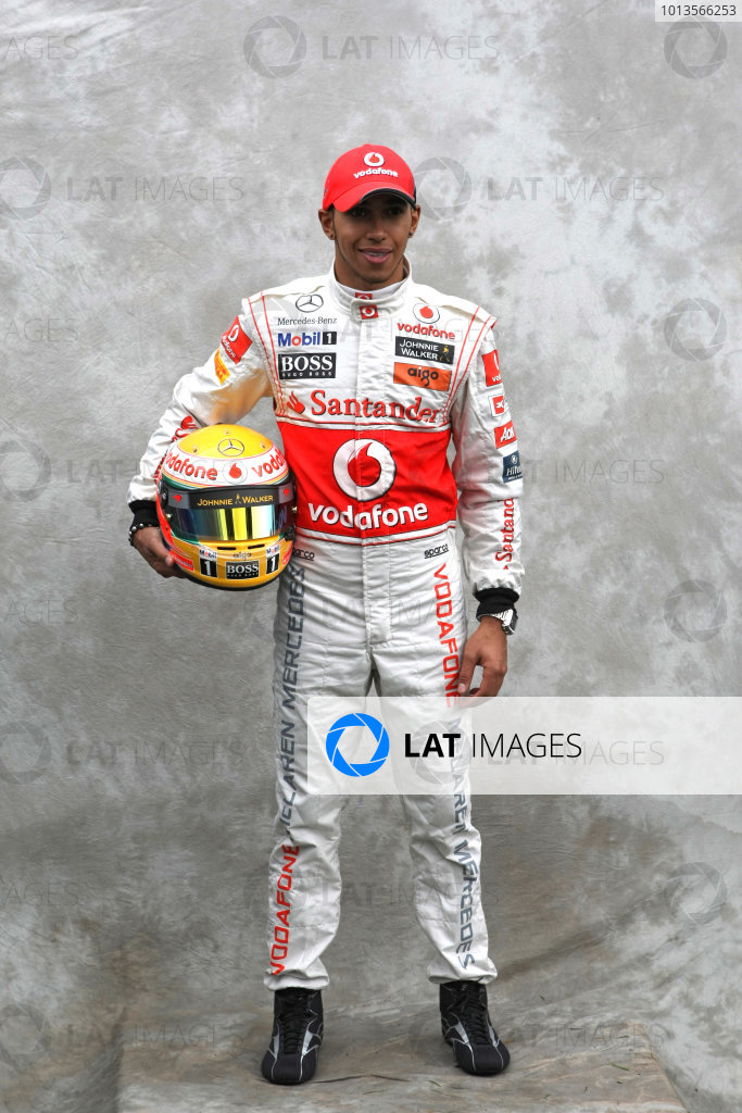 Albert Park, Melbourne, Australia24th March 2011.Lewis Hamilton, McLaren MP4-26 Mercedes. Portrait. World Copyright: LAT Photographicref: Digital Image2_LC1418