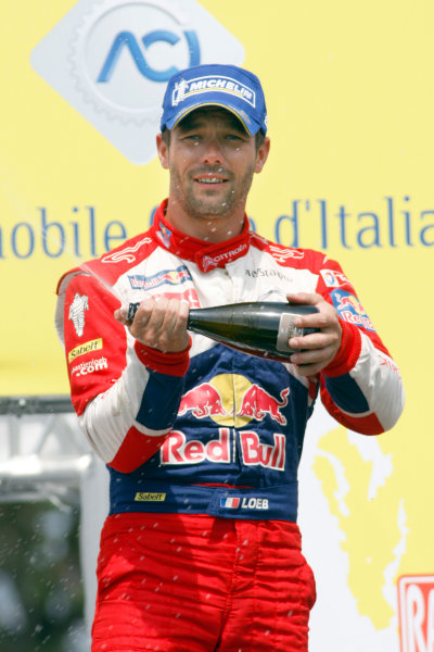 Round 05-Rally Italia Sardegna. 05th-08th May 2011.Sebastien Loeb, Citroen WRC, Podium.Worldwide Copyright: McKlein/LAT