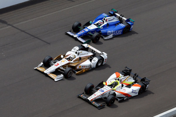 Verizon IndyCar Series Indianapolis 500 Race Indianapolis Motor Speedway, Indianapolis, IN USA Sunday 28 May 2017 Ed Jones, Dale Coyne Racing Honda, Helio Castroneves, Team Penske Chevrolet and Takuma Sato, Andretti Autosport Honda World Copyright: Russell LaBounty LAT Images