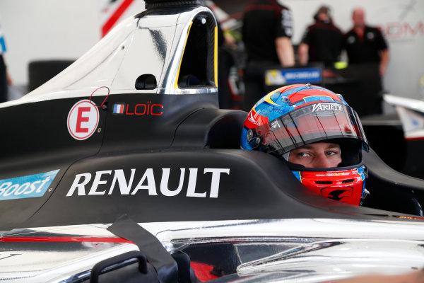Miami e-Prix 2015. First Practice Session Loic Duval (FRA)/Dragon Racing - Spark-Renault SRT_01E  FIA Formula E World Championship. Miami, Florida, USA. Saturday 14 March 2015.  Copyright: Adam Warner / LAT / FE ref: Digital Image _L5R3440