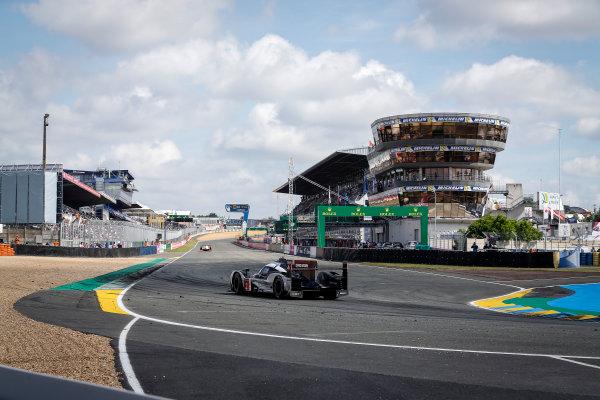 2016 Le Mans 24 Hours. Circuit de la Sarthe, Le Mans, France. Porsche Team / Porsche 919 Hybrid - Romain Dumas (FRA), Neel Jani (CHE), Marc Lieb (DEU).  Sunday 19 June 2016 Photo: Adam Warner / LAT ref: Digital Image _L5R7376