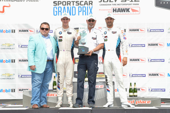 10-12 July 2015, Bowmanville, Ontario Canada 24, BMW, Z4 GTE, GTLM, John Edwards, Lucas Luhr with Dekra's Don Nicholson and Bobby Rahal Dekra Green Challenge Award  ?2015 Scott R LePage  LAT Photo USA