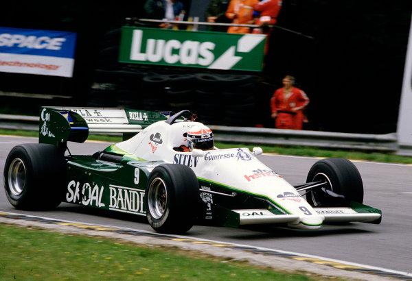1984 British Grand Prix.Brands Hatch, England.20-22 July 1984.Philippe Alliot (Ram 02 Hart).Ref-84 GB 49.World Copyright - LAT Photographic