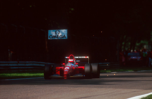 1993 Italian Grand Prix.Monza, Italy.10-12 September 1993.Gerhard Berger (Ferrari F93A). He exited the race with damaged suspension.Ref-93 ITA 07.World Copyright - LAT Photographic