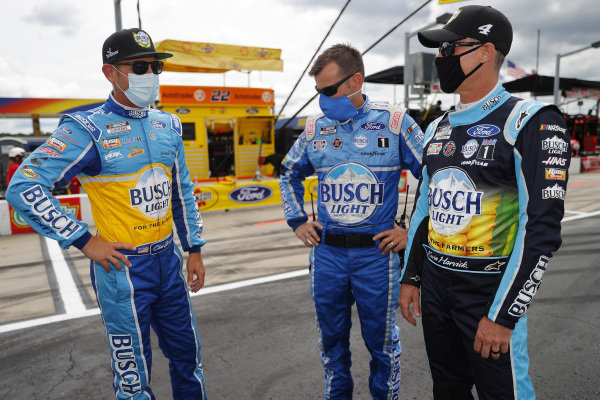Clint Bowyer, Stewart-Haas Racing Ford Busch Light For The Farmers, Kevin Harvick, Stewart-Haas Racing Ford Busch Light For The Farmers, Copyright: Chris Graythen/Getty Images.