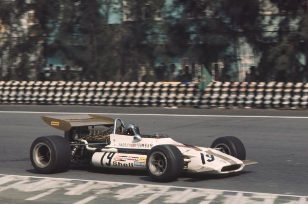 1970 Mexican Grand Prix.Mexico City, Mexico.23-25 October 1970.Pedro Rodriguez (BRM P153) 6th position.Ref-70 MEX 30.World Copyright - LAT Photographic