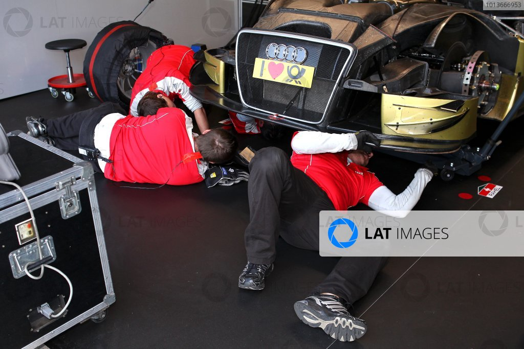 Rahel Frey (SUI), Audi Sport Team Phoenix, Glamour Audi A4 DTM (2008), mechanics repair the car in the pits.DTM, Rd8, Oschersleben, Germany, 16-18 September 2011 Ref: Digital Image dne1117se550